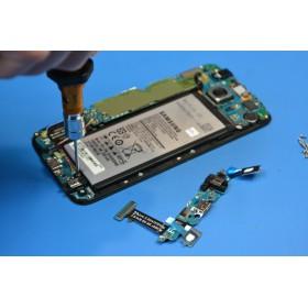 Wymiana baterii w Samsung Galaxy M31s M317